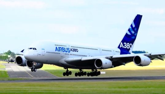A380 Take off at Paris Airshow © JERRY TAHA AVIATION